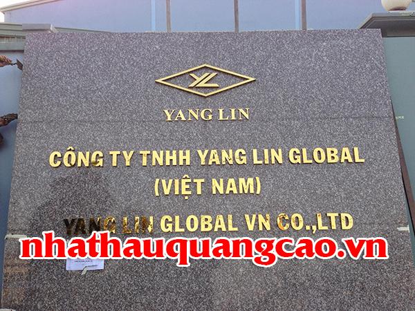 bang-hieu-cong-ty-chu-inox-mat-bang-da-hoa-cuong-1