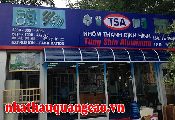 thi-cong-bang-hieu-hop-den-hoi-cho-trie-n-lam-2