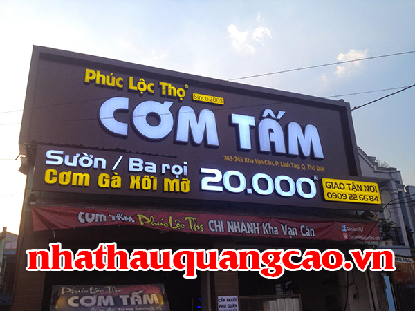 thi-cong-mat-dung-alu-quan-com-1