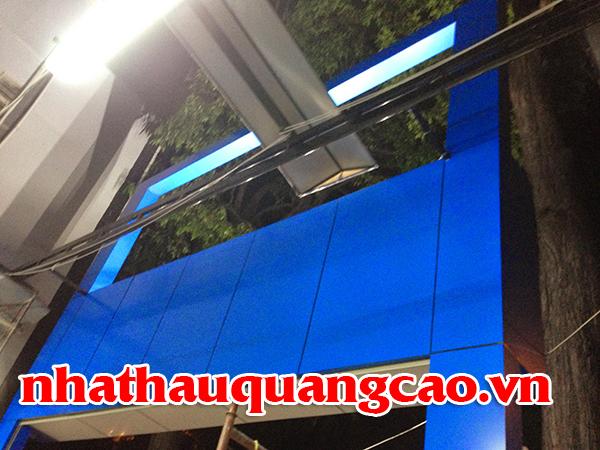 thi-cong-showroom-lop-chong-dinh-tran-duong-2